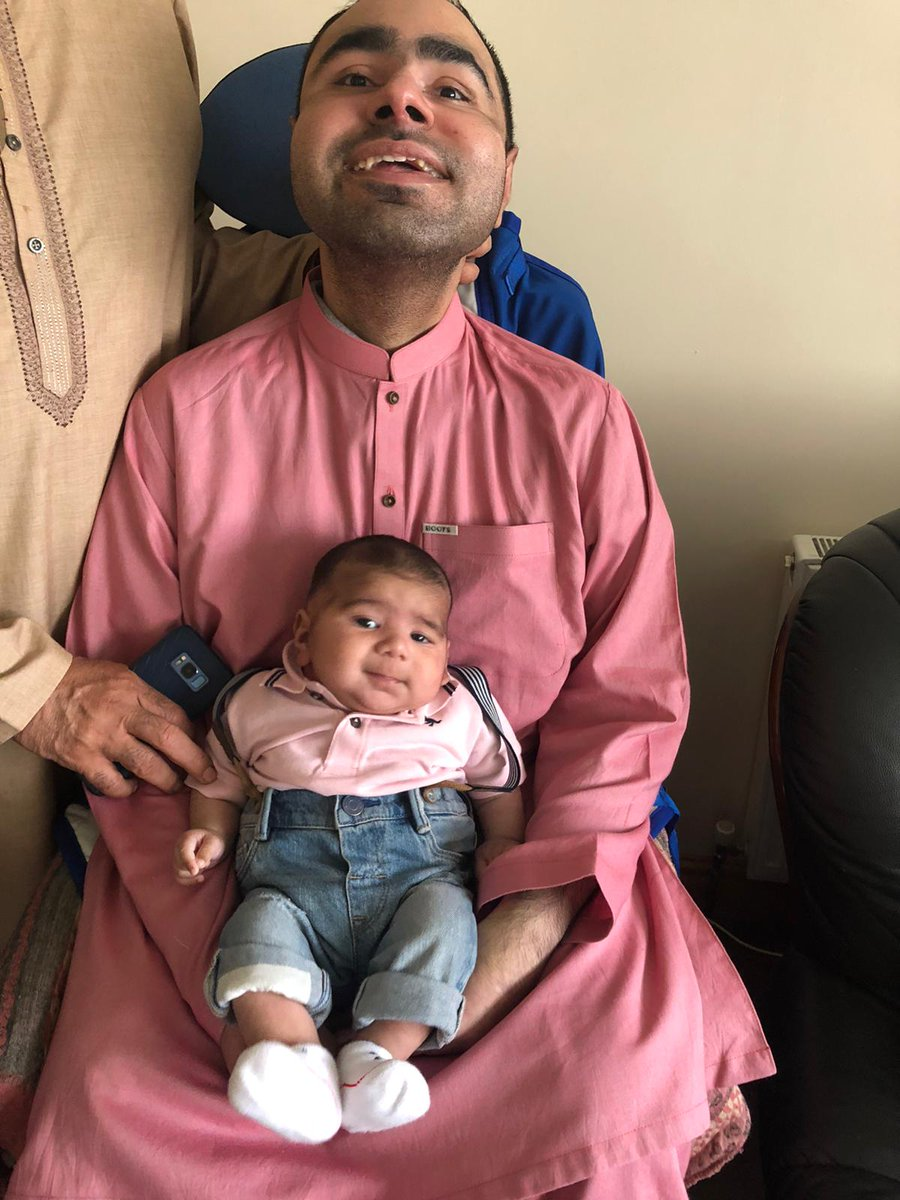After two months of #Quarantine, I finally got to hold my 2 month old nephew Leo on #Eid pic.twitter.com/ghCSQpRVxo