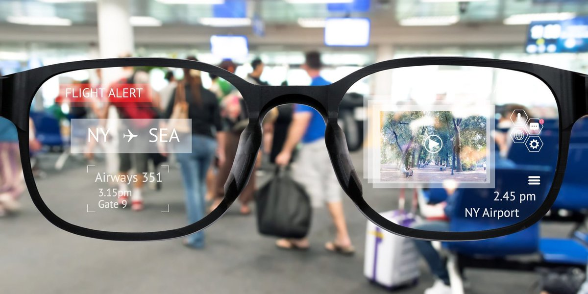 Apple  AR Glasses launching soon!   #Apple #AppleStore #Glasses pic.twitter.com/4iuYNNYAdP