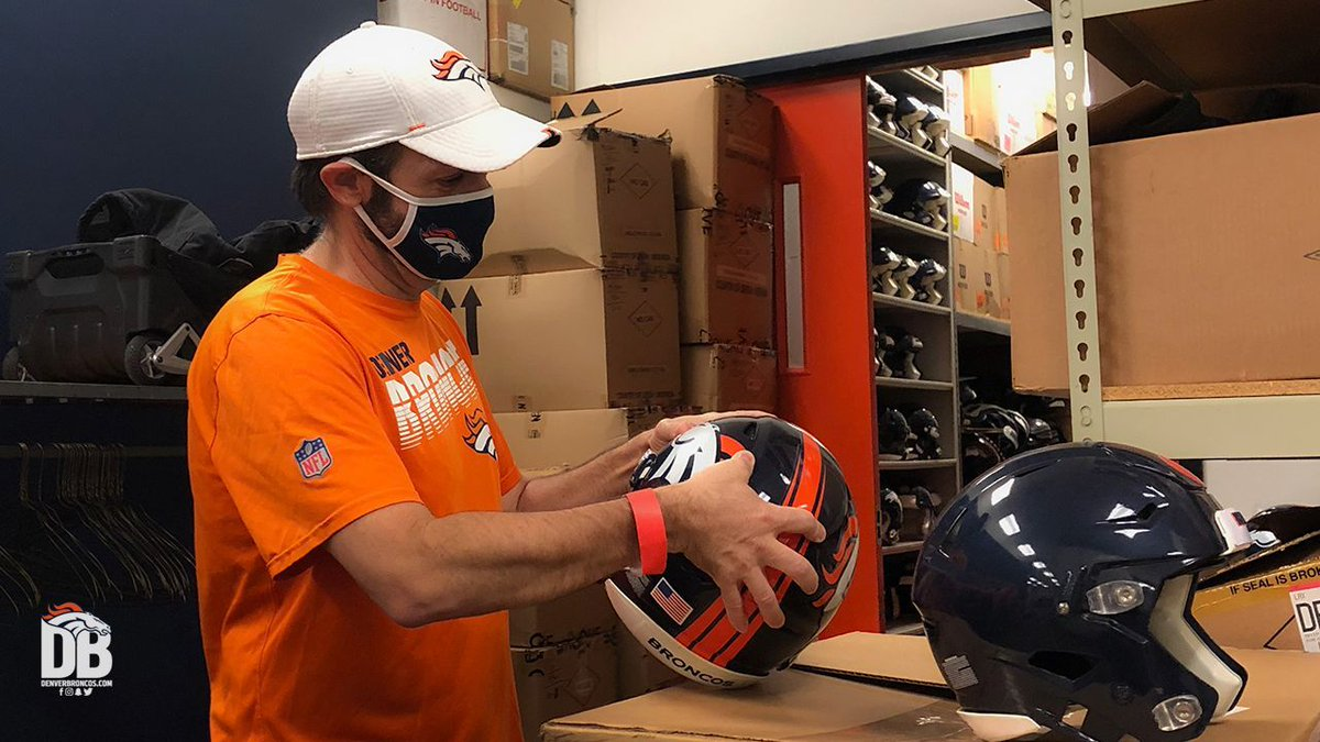 Back to football! 🏈  @uchealth Training Center, @EmpowerField reopening 📸's » https://t.co/I4YzuEnMkR https://t.co/Db84KLJQdx