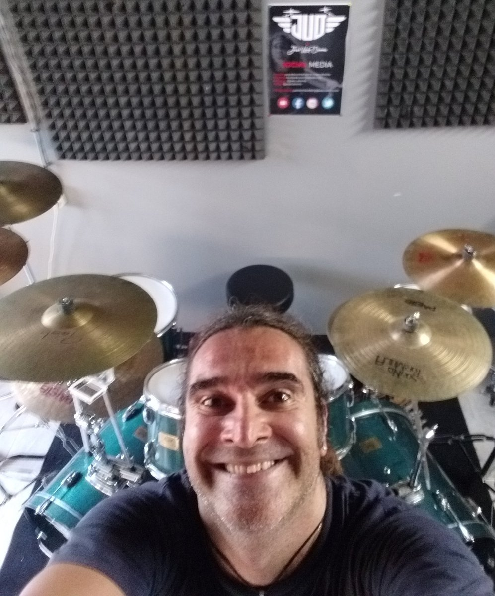 Some work today!! #neversurrender #JoseUDrums #instadrummer #drumsdrumsdrums #drumstagram #drum #drummer #paiste #evans #pearl #meinl #uv1 #metronome #drumworld #DrumLife #