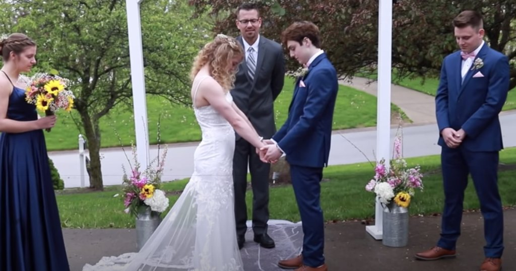 18-year-old given months to live marries his high school sweetheart cbsn.ws/2XuCzm9