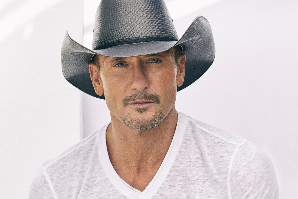 Have a burning question for @TheTimMcGraw? Now is the time to ask! Reply with your questions for a chance to hear Tim answer them in an interview with @stormewarren next week on #TheHighway.