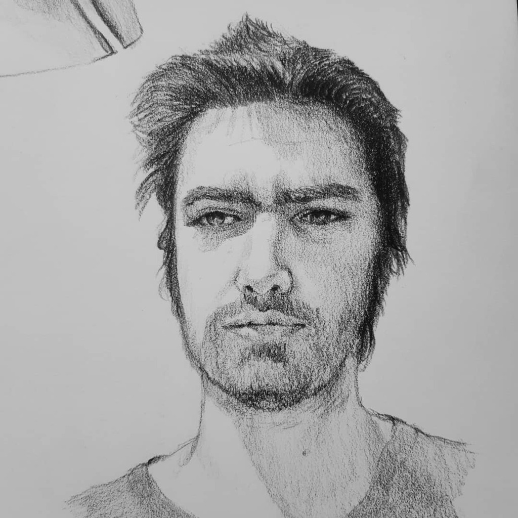 Another portrait made on stream yesterday of another of my viewers that posted in my discord. #portrait #pencil #blackpencil #sketch #sketchbook  #twitch #stream #creativecontent #yvonnepistachette #man #face #visage #dessin #drawingwithoutfearpic.twitter.com/64BXJ8dfGV