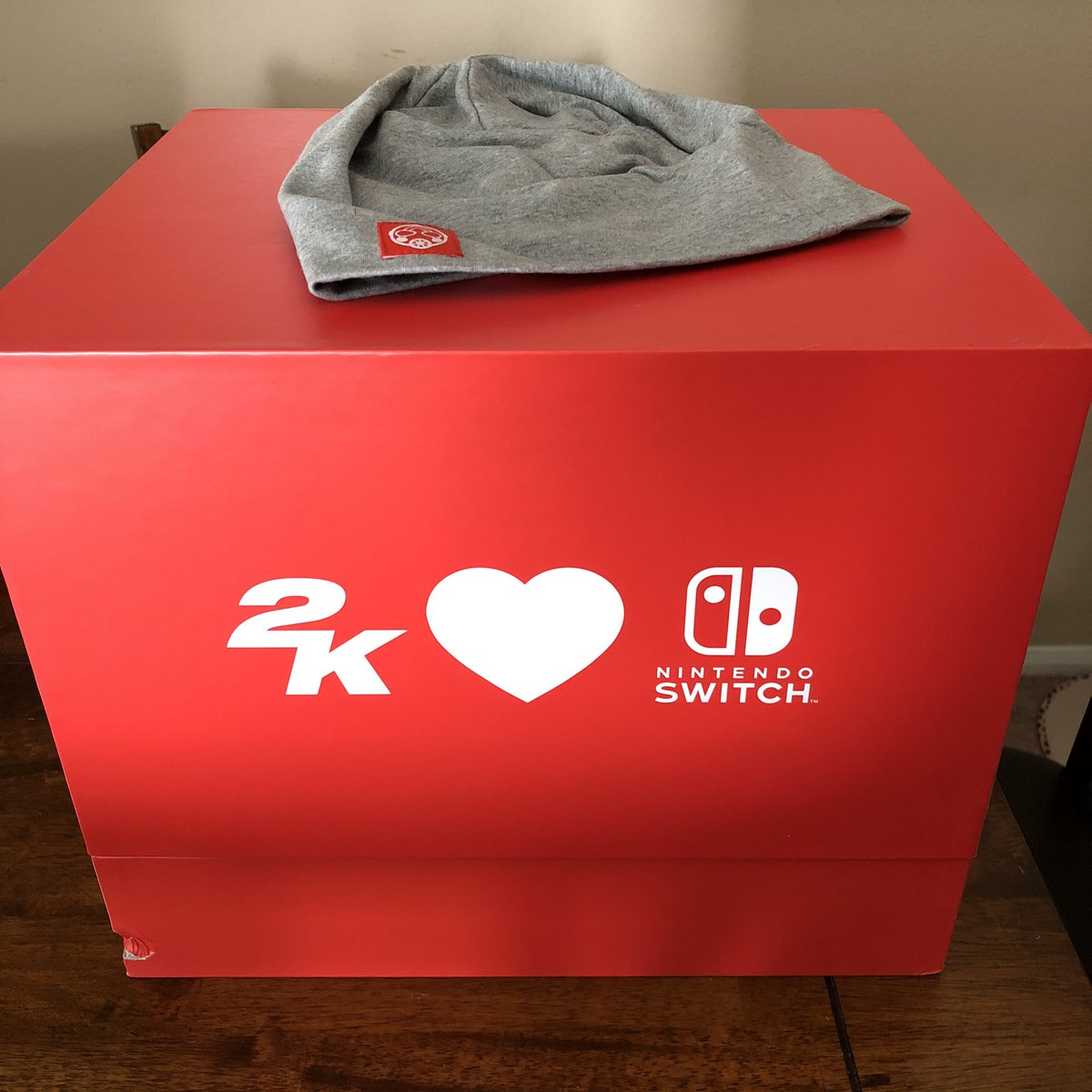 Soooo...this glorious package just showed up on my doorstep. WHO SENT THIS?!? I owe you S__________ favors!! 3 of my favorite franchises all wrapped into a big red box.  #2KGames #2KSwitch #NintendoSwitch<br>http://pic.twitter.com/bfk62I1Qti