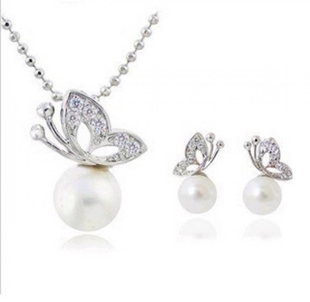 #luxury #jewels White Butterfly Jewellery Set