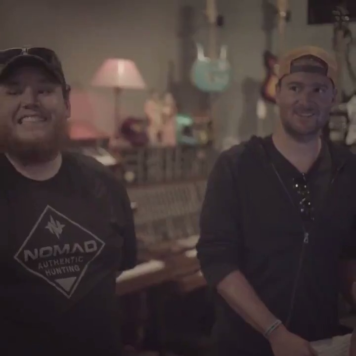 RT @CNTRYvideos: Luke Combs lands his 8th number 1 song  https://t.co/GPoYeBv1C1