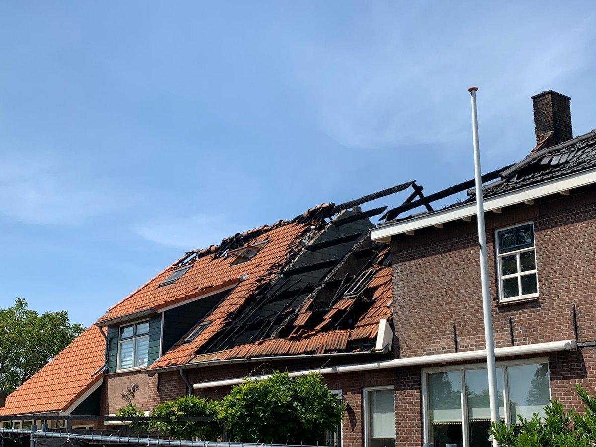 Zorgen over bluswatervoorziening bij grote brand Genderen - Meer:..