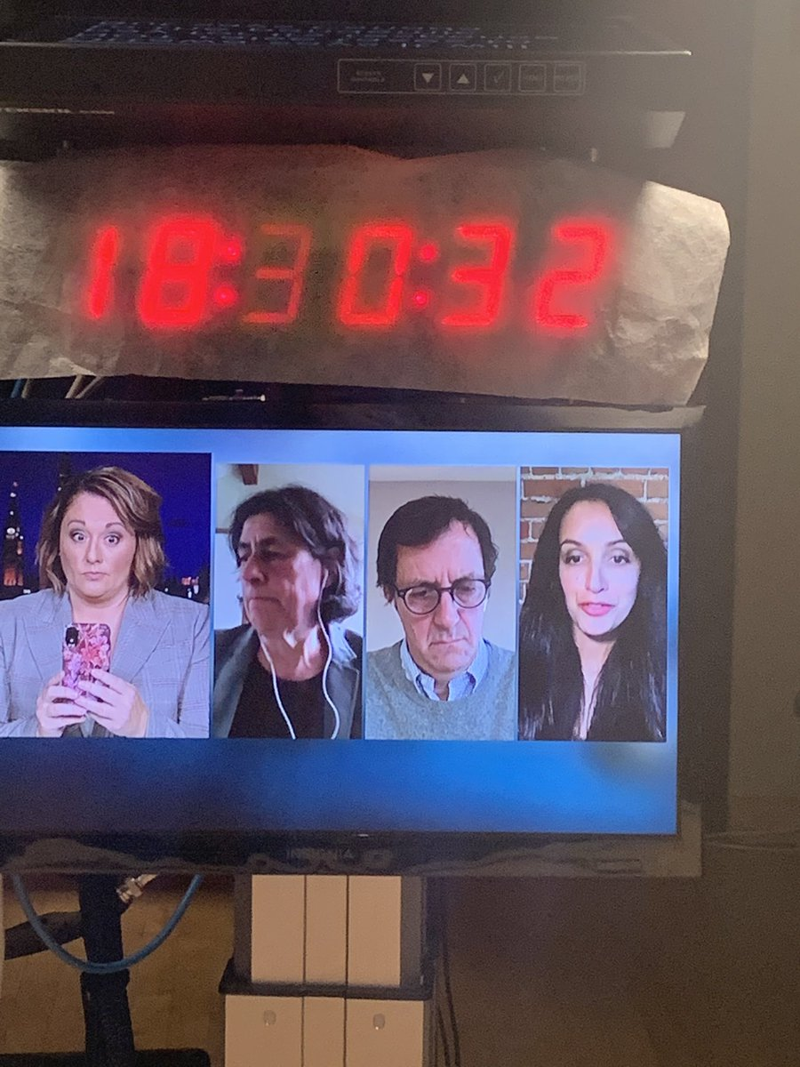 These fine folks talk about govt spending and whether there should be a budget or a fiscal update. @althiaraj @ChantalHbert @acoyne @CBCTheNationalpic.twitter.com/afWt9LZ0Ex