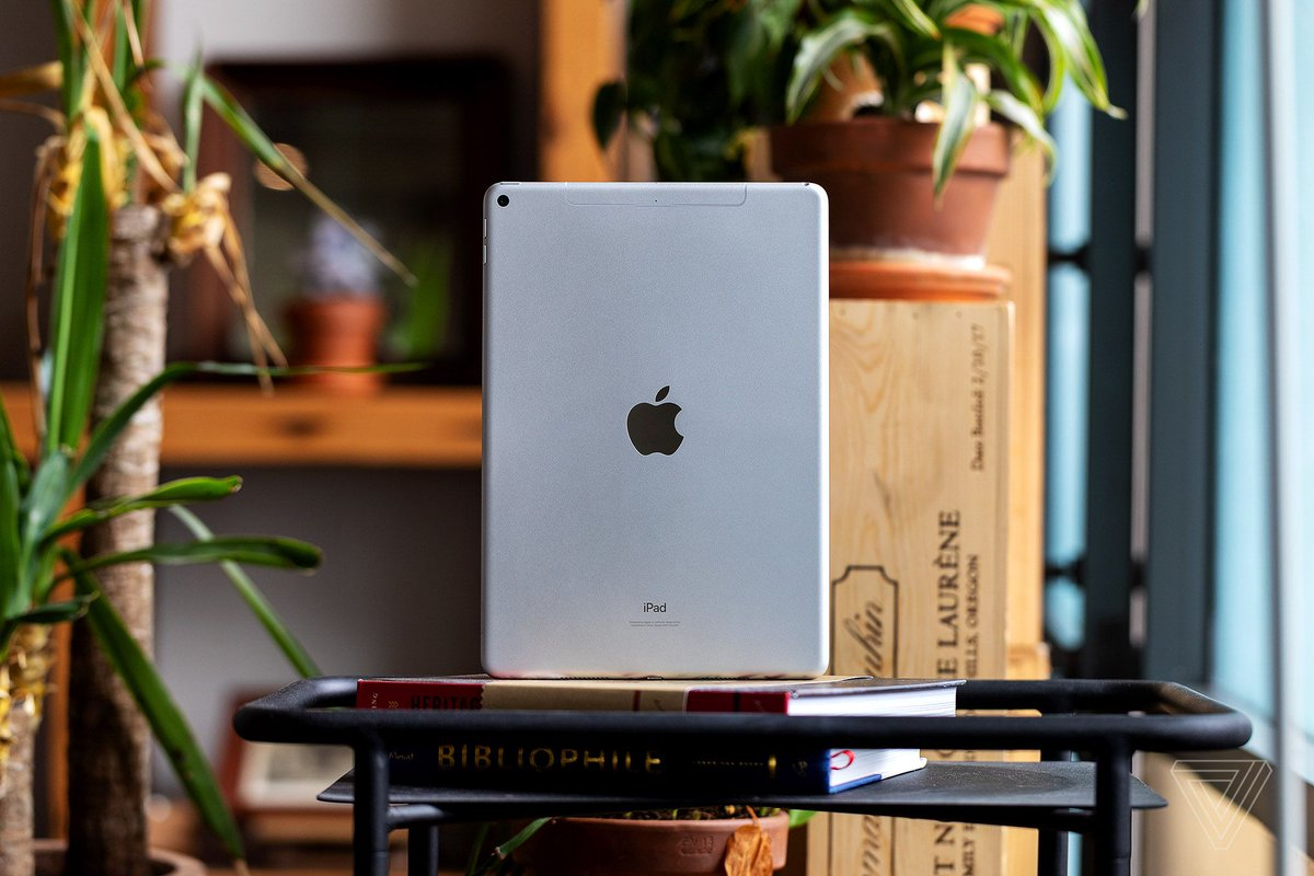 Apple to launch a new iPad and a new iPad mini with bigger screens, says Ming-Chi Kuo