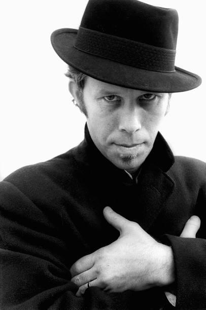 Tom Waits by Rob Verhorst Rotterdam, 1983 Musicians' hats thread 🧵