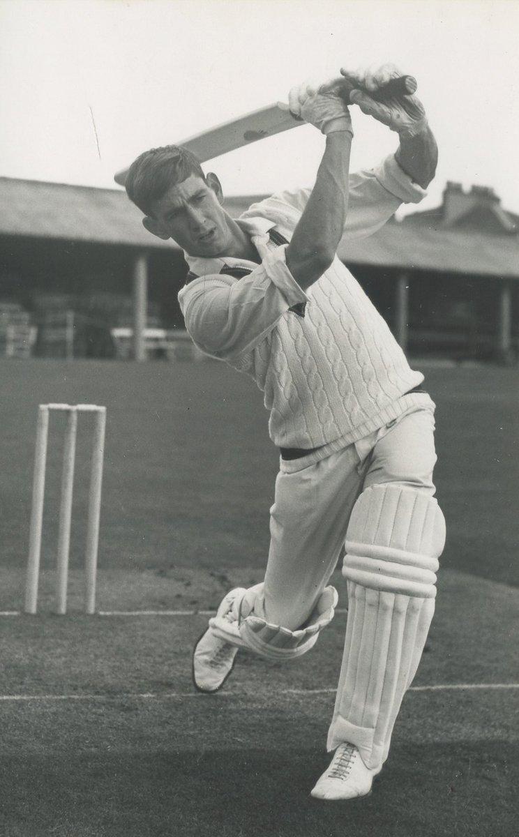 Original Press Photos FOR SALE NOW from KEN PIESSE CRICKET BOOKS -  https:// mailchi.mp/1de518216c45/o riginal-press-photos-from-ken-piesse-cricket-books  …  #kenpiesse @KenCricket #kencricket @flyingtheflag #DonBradman @kenpiesse @cricketbooks.com.au<br>http://pic.twitter.com/Z3mEVPloAa