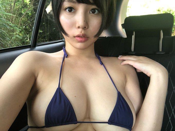 グラビアアイドル安位薫のTwitter自撮りエロ画像23