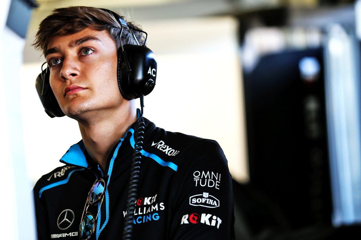 George Russell is een beetje jaloers op F1-vrienden die al wel een stap kunnen maken naar een groter team, maar put hoop uit een coureur als Nico Rosberg die ook lang op zijn kans heeft moeten wachten. #f1nieuws https://t.co/u9Rhci1xKU https://t.co/AmAwWFOQSl