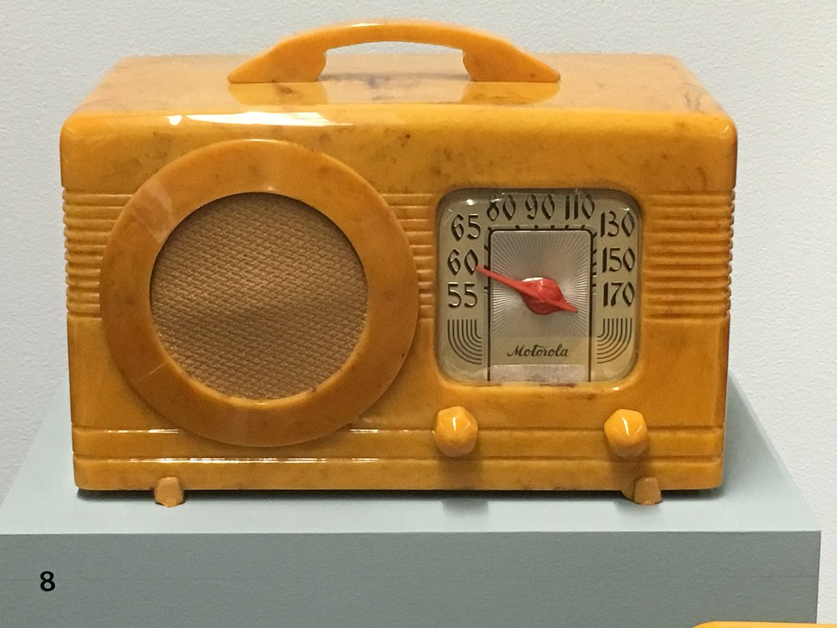 6/ Motorola used to make radios before World War II.