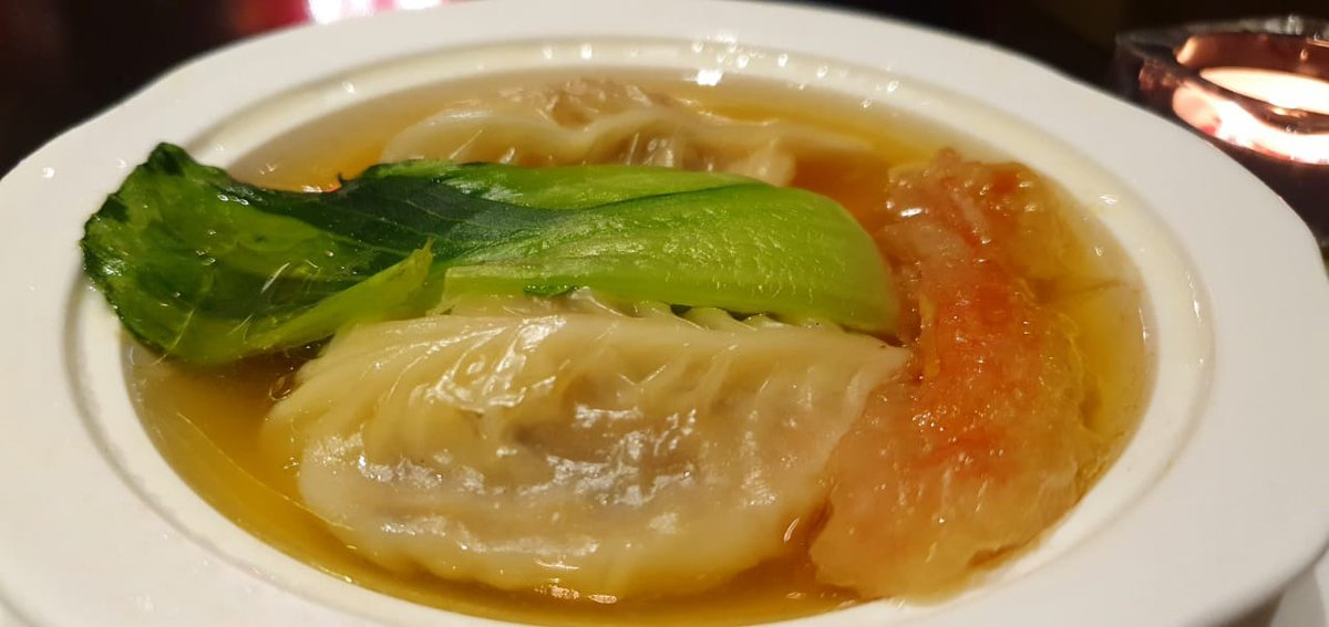 Crab Meat Dumpling Soup – the finest of dumplings!   #UAERestaurantsUnite #fooddeliveryservice #covid19 #coronaviruspandemic #foodcritic #restaurantreview #dubairestaurants #dubaieats #uaefood #uaerestaurants pic.twitter.com/EsKXoPc0OC