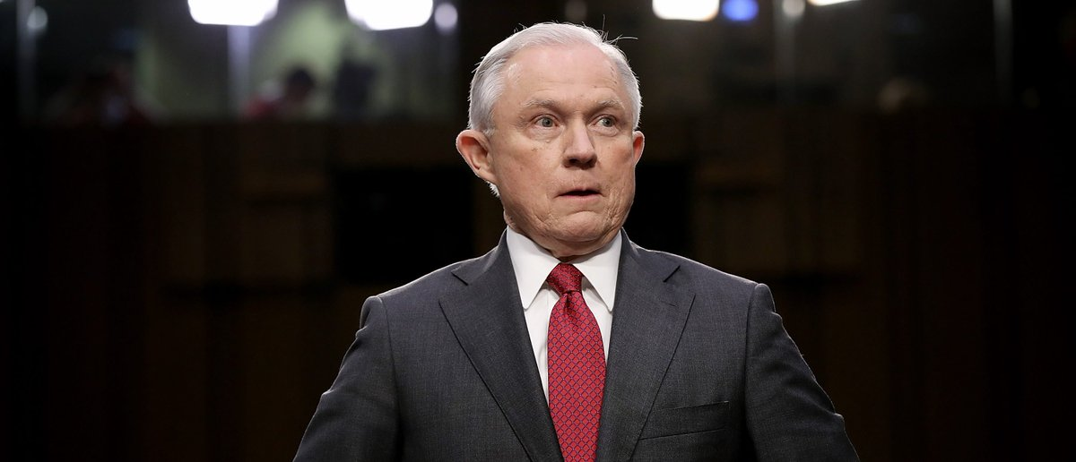 Jeff Sessions: Leak Of Michael Flynn Phone Call Was An 'Absolute Crime' dlvr.it/RWkJG6