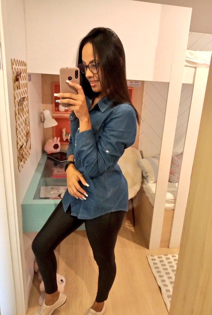Muito bb linda   #fotinhanodecorado #corretora #imóveis pic.twitter.com/LZnOo0wmwB