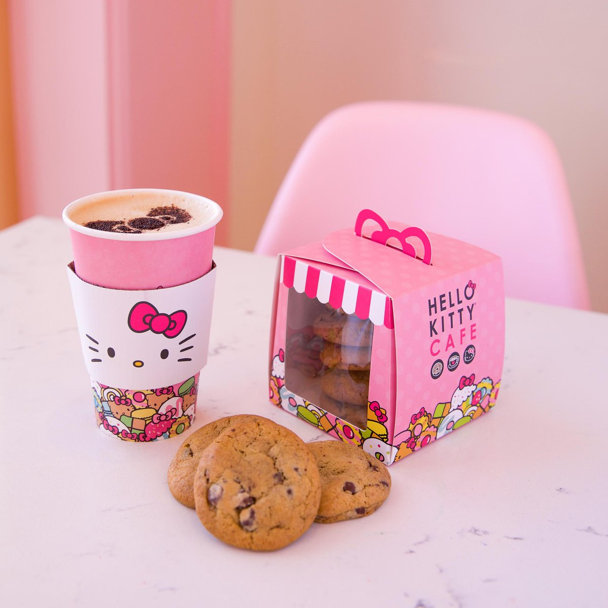 Happy #NationalChocolateChipDay! Tag a friend you would share a box of chocolate chip cookies with   All Hello Kitty Cafe locations remain temporarily closed and Hello Kitty Cafe Truck stops are postponed until further notice. <br>http://pic.twitter.com/LmMRVgK5BV