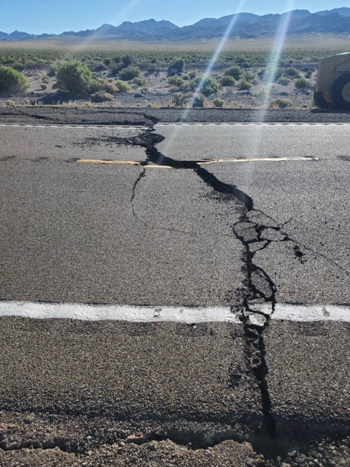 #earthquake This mornings earthquake outside Tonopah has damaged a portion of US95 at Mile Marker 98 in Esmerelda County. US 95 is closed in both directions, seek alternate routes. DOT is on scene making repairs, no timeframe given. #nhpsocomm