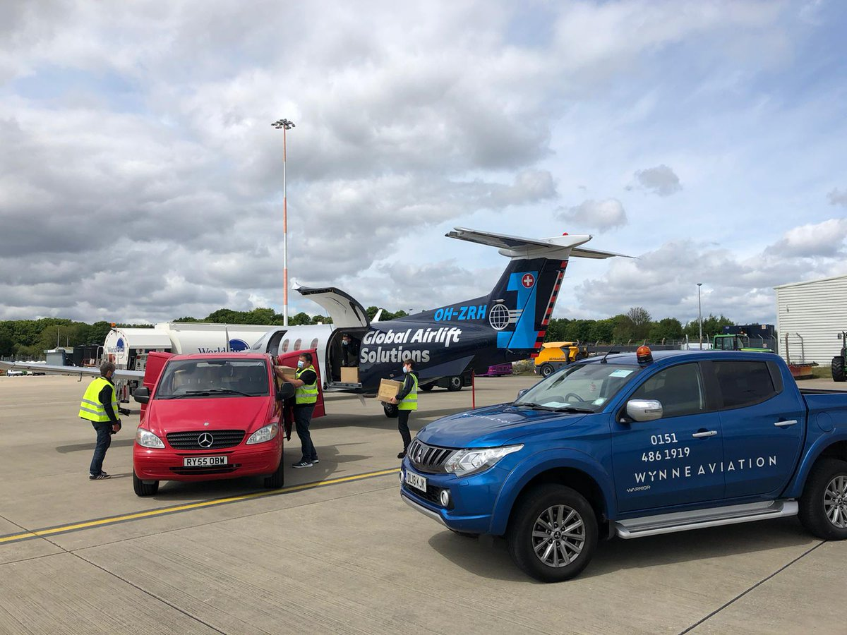 Great to see the @LtdWynne Aviation team at the Airport playing their part in moving PPE around the country for the NHS #ThankYouNHS  #OnePartnerForCargo https://t.co/3auhYcco5y