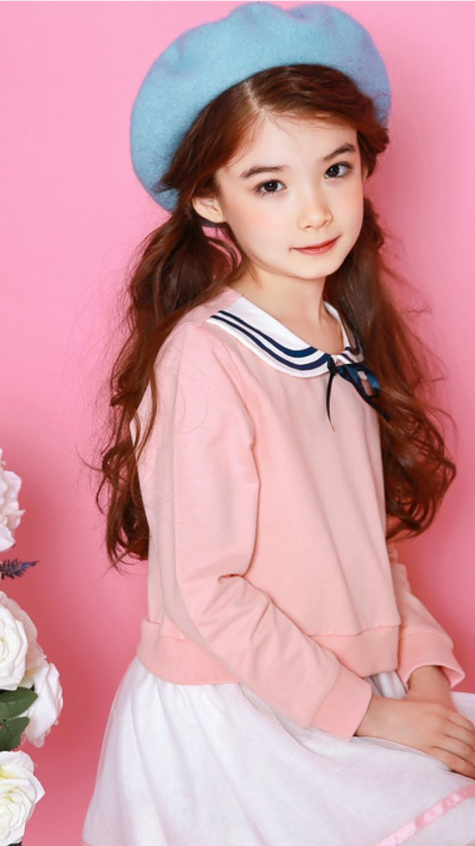 Dear @LaurenLunde , Happy birthday, noona~ https://t.co/DPqlgsnP53