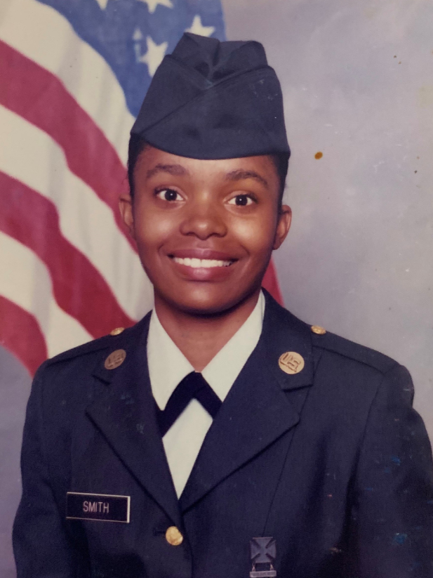 "Sharise served in the US Army Reserves & is now a Sr. Expert @TMobile. Her Director recently said that ""Sharise is the epitome of #LeadFromEverySeat - She is a top performer, has an incredible attitude & always steps up to support others."" #MilitaryAppreciationMonth"