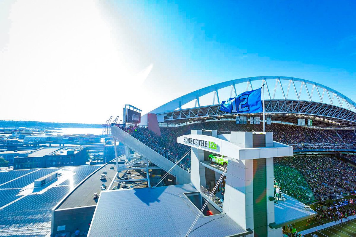We miss you 12s 💙 #BlueFriday