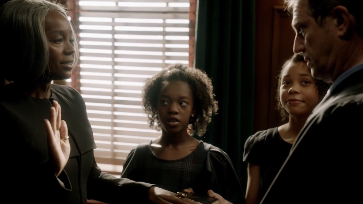 htgawm on twitter michaela pratt lost all her friends but at least she has two random daughters at her swearing in ceremony as a judge htgawm https t co i6fztwhjbd htgawm on twitter michaela pratt