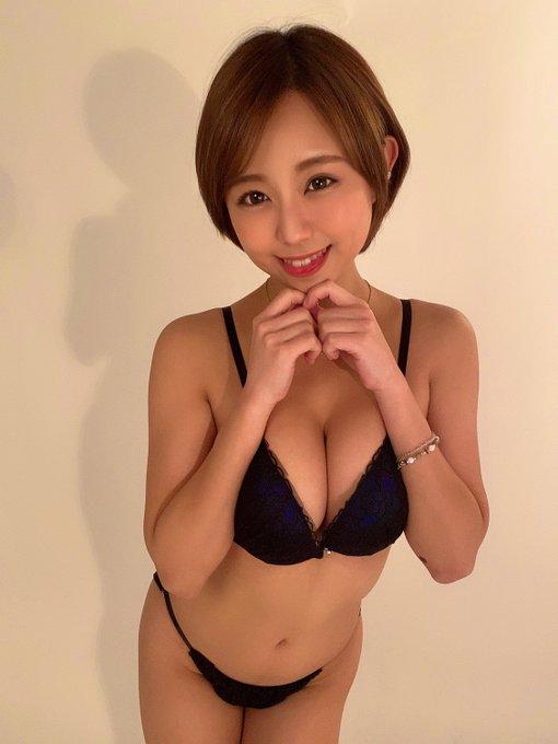 AV女優亜矢みつき(神谷充希)のTwitter自撮りエロ画像9