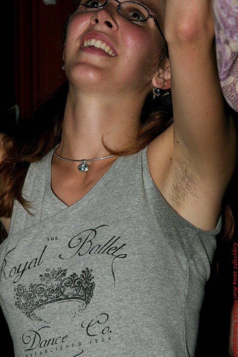 Hairy armpits women's trend on instagram