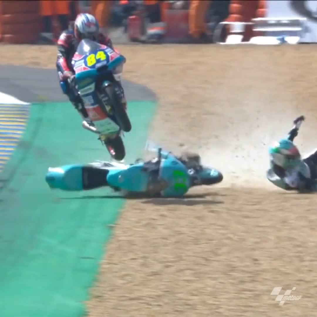 No conversation about Le Mans is complete without THIS from @JakubKornfeil84! 🔥 #FrenchGP 🇫🇷