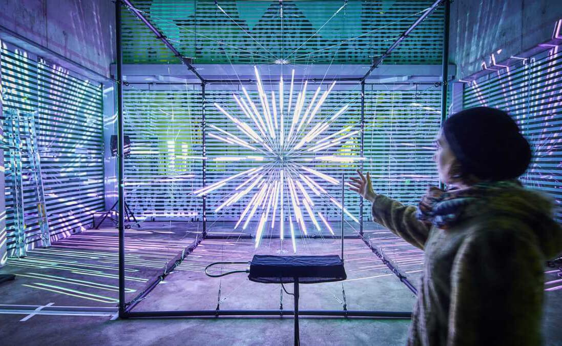 """Heute ist \""""Internationaler Tag des Lichts\"""" 🥳 der <a class=\""""link-mention\"""" href=\""""http://twitter.com/UNESCO\"""" target=\""""_blank\"""">@UNESCO</a> - im <a class=\""""link-mention\"""" href=\""""http://twitter.com/LichtforumNRW\"""" target=\""""_blank\"""">@LichtforumNRW</a> ist jeder Tag ein Tag des #Lichts 😁 <a href=\""""https://t.co/9bCvjZHVFT\"""" class=\""""link-tweet\"""" target=\""""_blank\"""">https://t.co/9bCvjZHVFT</a>"""