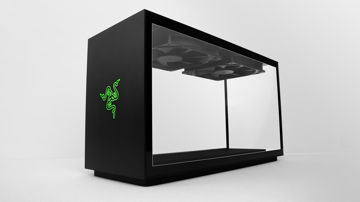 The Razer Glass Box PC https://t.co/JL9zC7hkBQ https://t.co/mz2H4ch9J5