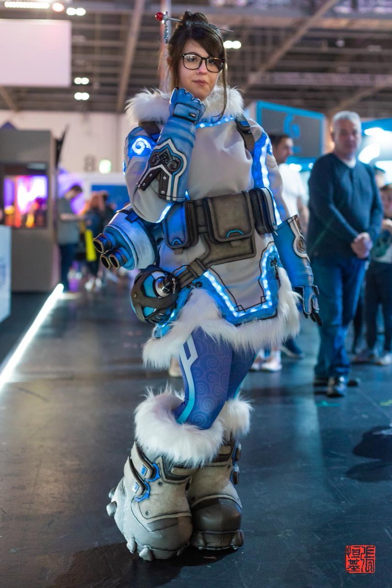 """FnC 2077 🇪🇺 on Twitter: """"""""This fight is not over yet."""" #Mei / #Overwatch # Cosplay by Altelle Cosplay (IG) Photos by @Foodandcosplay Taken at @EGX  2019 #meioverwatch #overwatchmei #meioverwatchcosplay #overwatchmeicosplay  #meicosplay #overwatchcosplay #"""