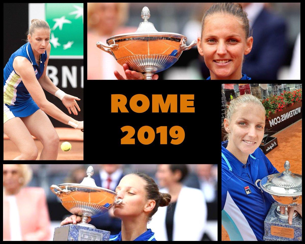 Il y a tout juste un an, Karolina #Pliskova 🇨🇿 s'imposait aux @InteBNLdItalia ! Pour obtenir son 13ème titre 🏆 sur le circuit #WTA, elle avait battu Johanna #Konta 🇬🇧 en deux sets 6-3, 6-4 en finale. Savez-vous quels tournois (il y en a 3) elle a remporté depuis ? #ibi19 https://t.co/ywRcxNp7Ei