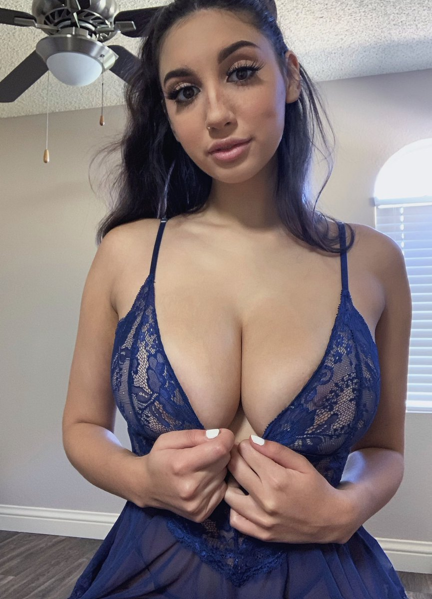 Zara Jordan Nude Leaked Videos and Naked Pics! 118