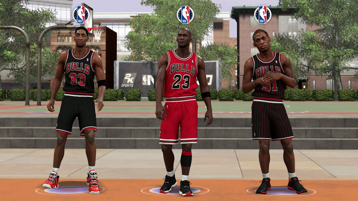 These 3 dudes pull up on you in The Park.. What's the final score? https://t.co/bJXE6SPoga
