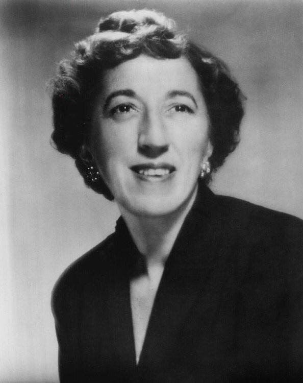 In Remembrance of Margaret Hamilton who passed away on May 16th, 1985. #TheWickedWitch #MargaretHamilton #Actress #VintageHollywood #GoldenEraofFilm #GoldenEraofHollywood #GoldenAgeofHollywood #oldhollywoodstars #oldhollywoodstylepic.twitter.com/GmIYwtCiWQ
