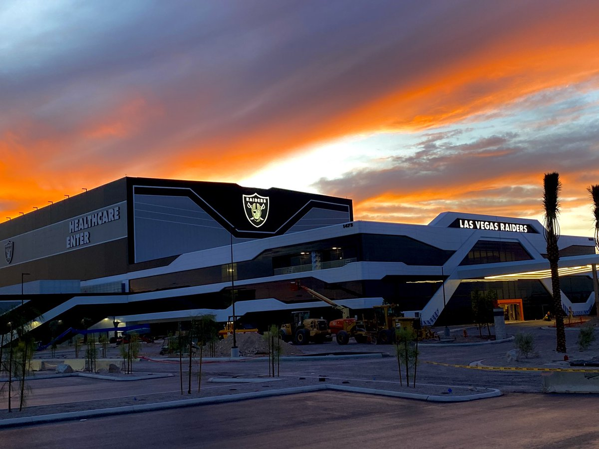 The @Raiders shield logo on the front of the team's Henderson HQ and practice facility lit up tonight. #vegas #raiders<br>http://pic.twitter.com/y71JZQHrp5