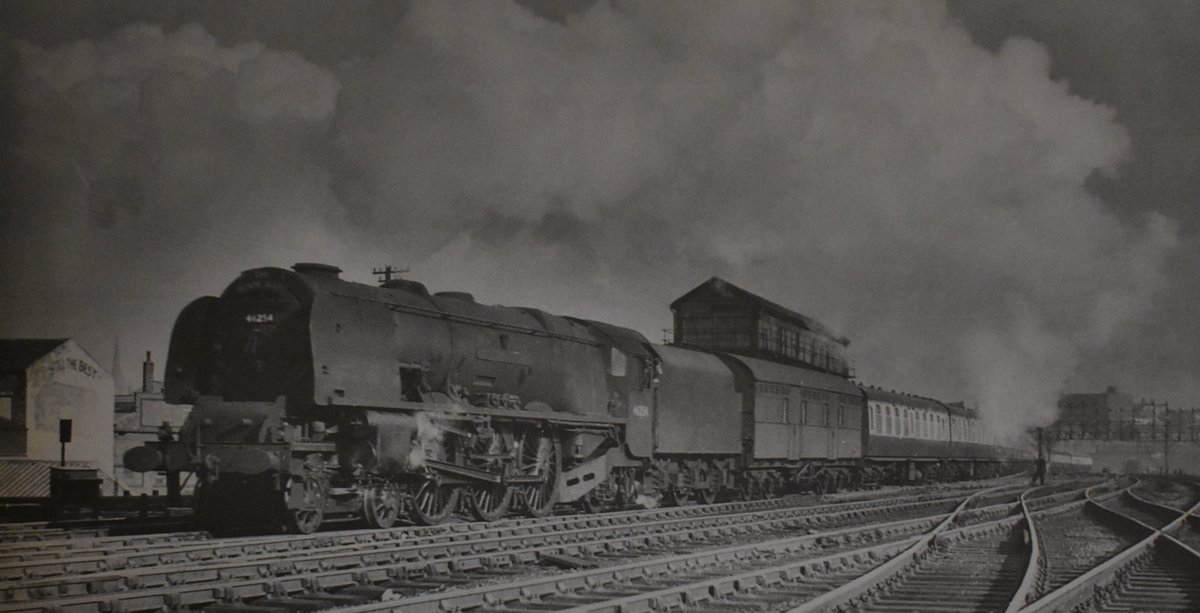 Duchess Pacific 46254 leaves #Preston & heads north with 'The Royal Scot' for #Glasgow Central. Date: 15th April 1956  Photo by Gavin Morrison #steamlocomotive #LMS #NorthWest #England #expresstrain #1950spic.twitter.com/QRFzq4l6Vb