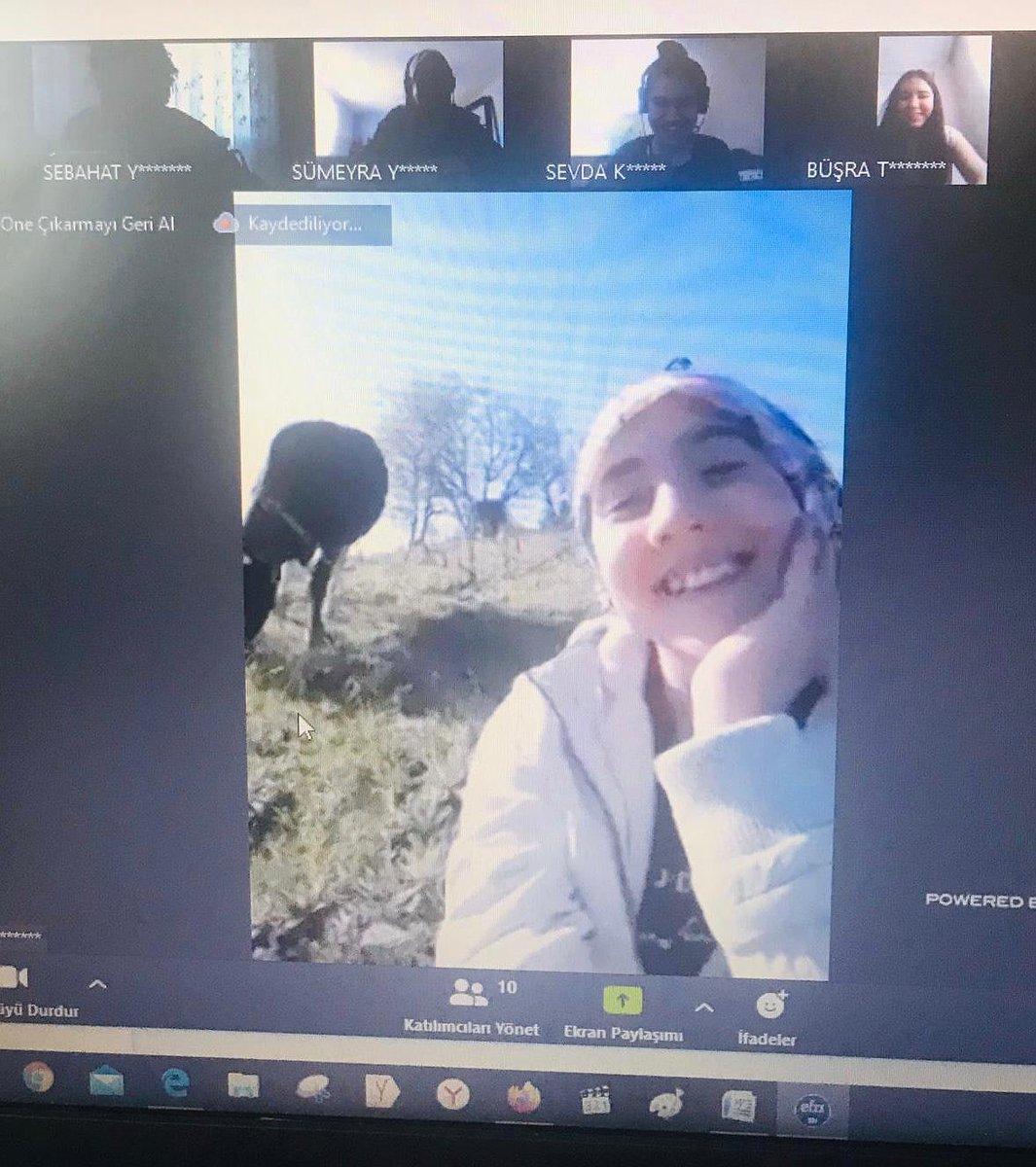 Sevgili Ayşenur... Ben de köyde bir yandan inek güder, bir yandan kitap okurdum demek isterdim. Ama bizde inek vardı, kitap yoktu :) Bu imkanların daha fazlası bizim görevimiz, sizin hakkınız. Fakat biz çok şanslıyız ki senin gibi öğrencilerimiz var. Ailene selamlar. https://t.co/r3j3cQ0N6X