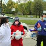 Image for the Tweet beginning: Last Saturday, I volunteered alongside