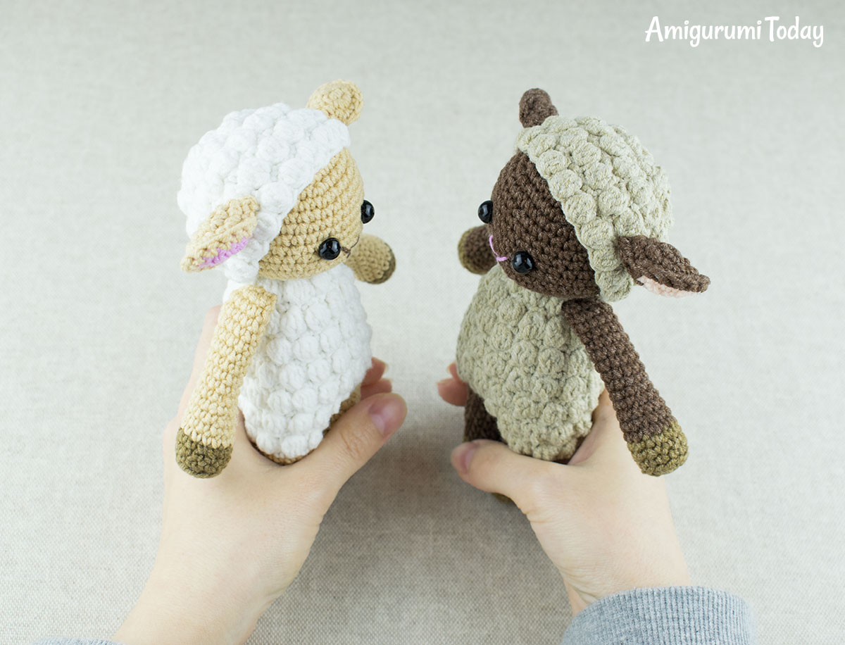 These handmade toys are the best... - Amigurumi Today - Free ... | 916x1200