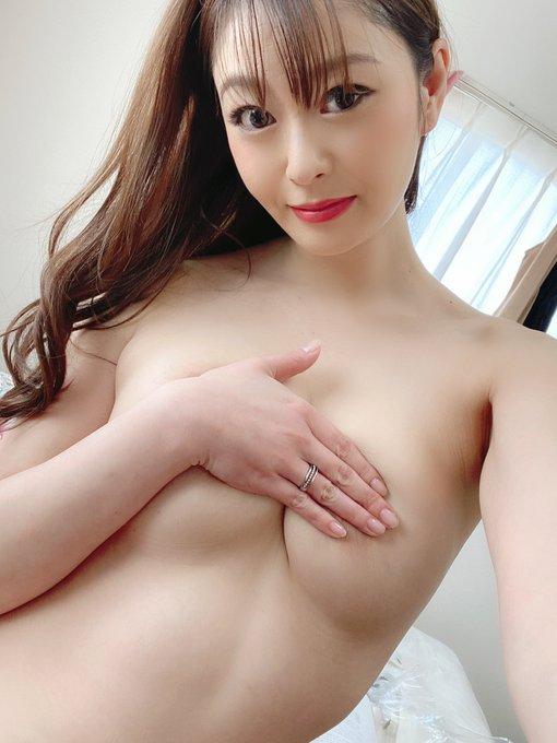 AV女優葵百合香のTwitter自撮りエロ画像40