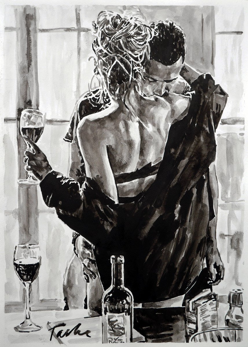"""Happy Sunday's evening !  Just sold, very grateful to the art collector from US !  """"Love is an equal partnership, but you'll find someone's happiness becomes really important to you when you're falling for them."""" Love and be loved.  #tasheart #artcollector pic.twitter.com/bnfgfgIPS7"""