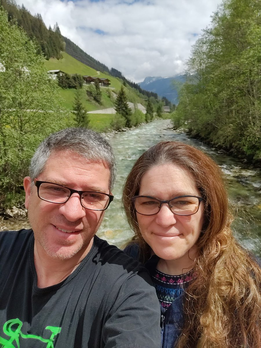 Had a super-awesome day with my bestie in and around Zell am See #Oesterreich  - such a beautiful day! pic.twitter.com/mmMahgXr21