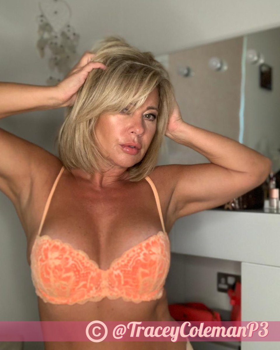 Uk Pornstar Tracy Venus In Bukkake Party Fun Free Sex Pics