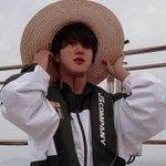 Image for the Tweet beginning: Pack #Seokjin  → favorite if you