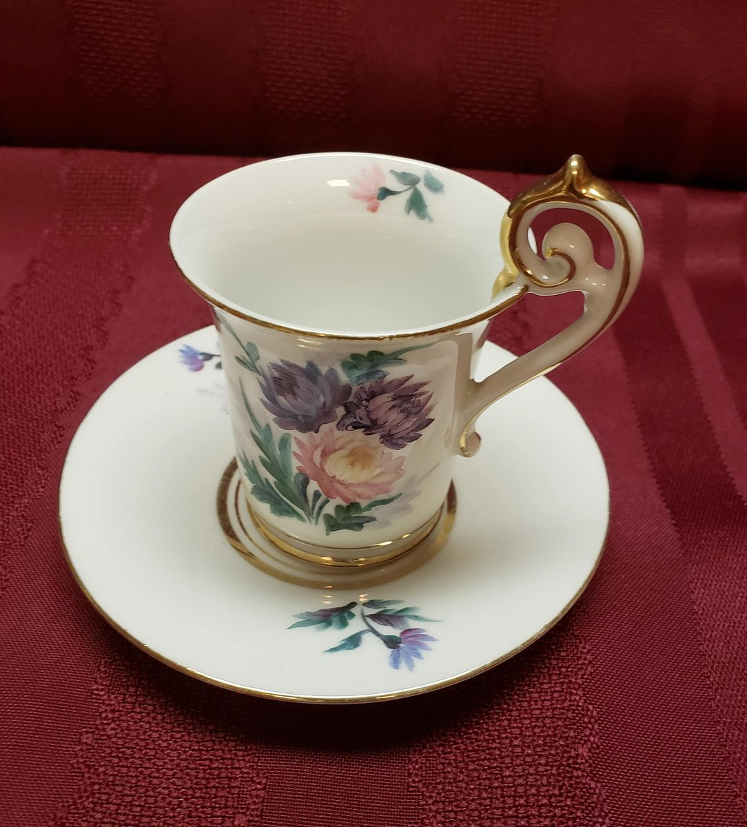 Heavy Gold Trim 1945-1952 Bone China OCCUPIED JAPAN Demitasse Cup /& Saucer Pink Purple Blue Floral Collectible MCM Decor Dining Bridal