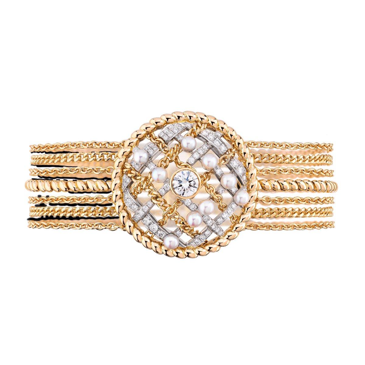 Retour sur la collection Haute Joaillerie TWEED DE #CHANEL présentée en janvier 2020. 📷 Bracelet Tweed Cordage en or jaune #CHANELJoaillerie #TweedDeChanel 👉 https://t.co/HpUumpd1gi #espritdegabrielle https://t.co/ccPDVUQk3F